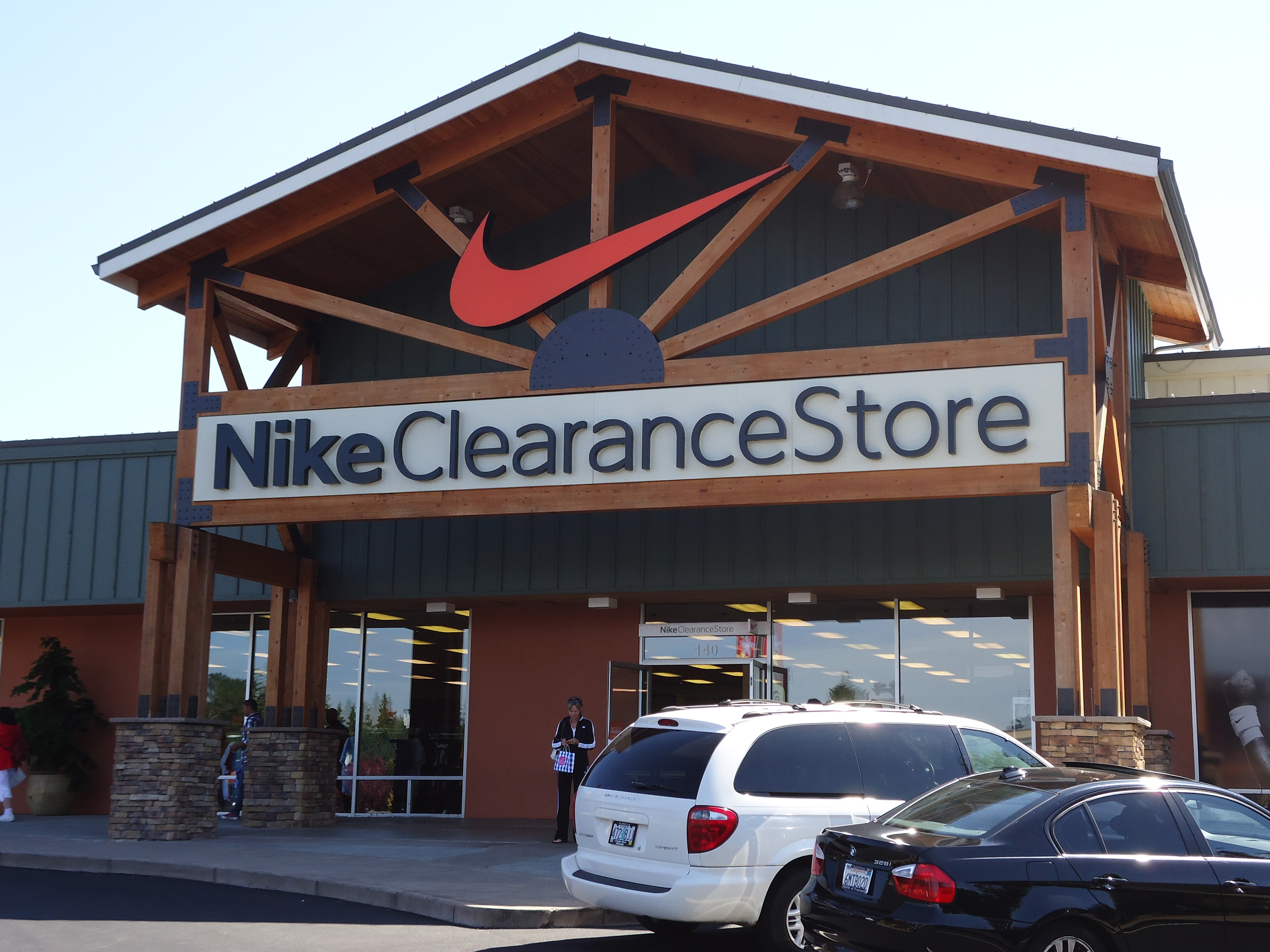 nike clearance online store